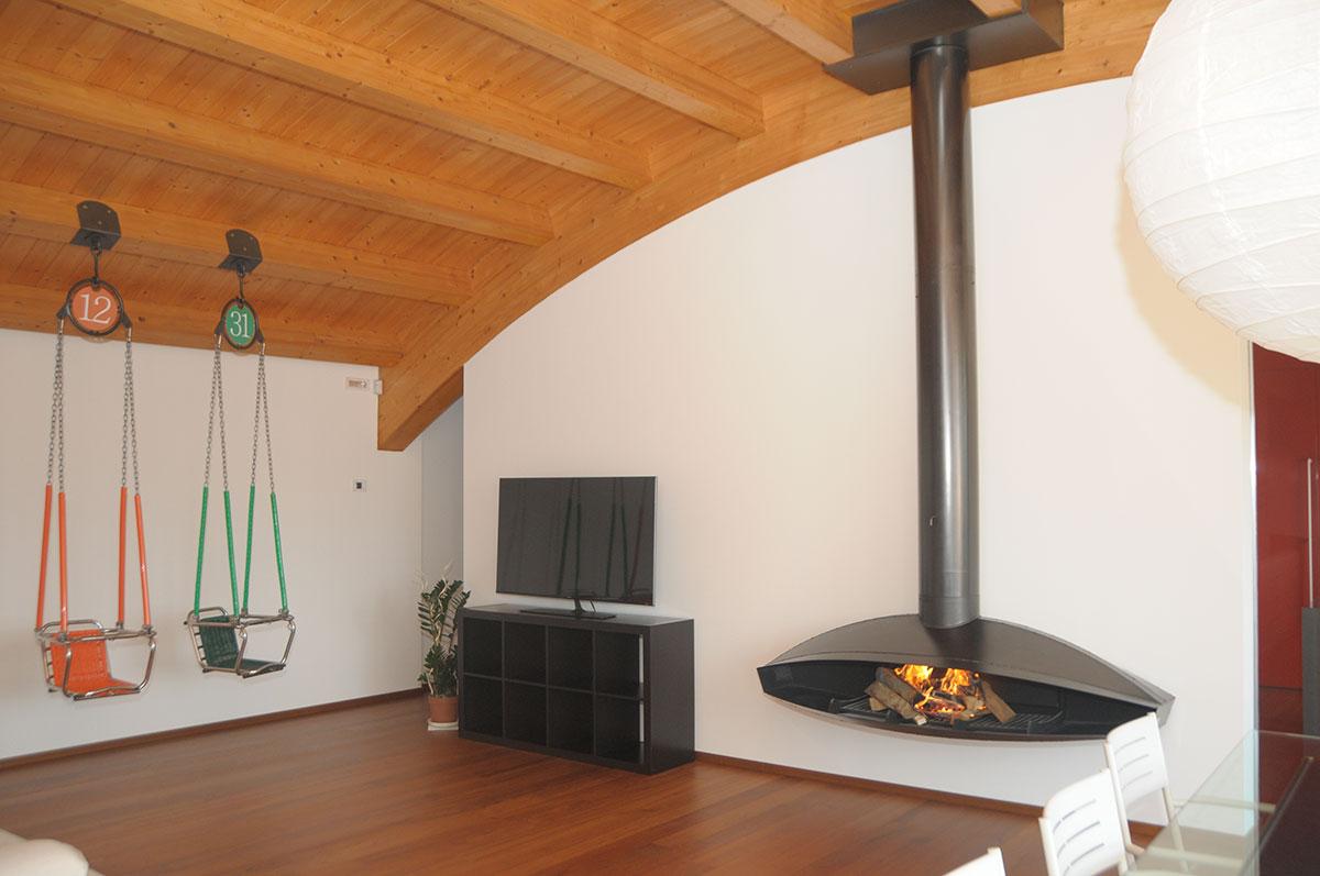 Venturato giancarlo design per il fuoco a padova for Focus stufe a legna